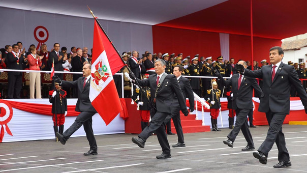 Este año, los miembros del GEIN marcharon por primera vez en la Gran Parada y Desfile Cívico Militar por Fiestas Patrias.