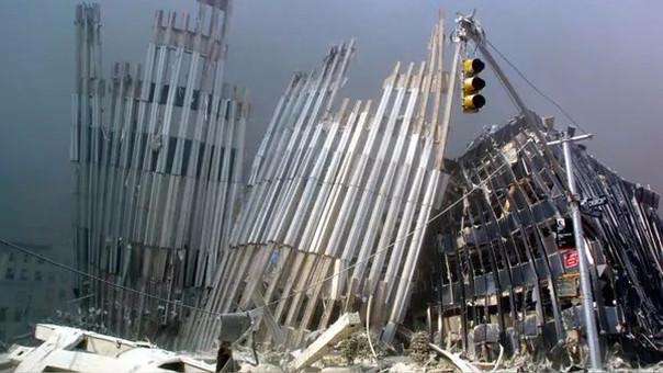 El 11 de septiembre del 2001 dos aviones se estrellaron contra las Torres Gemelas en Nueva York.