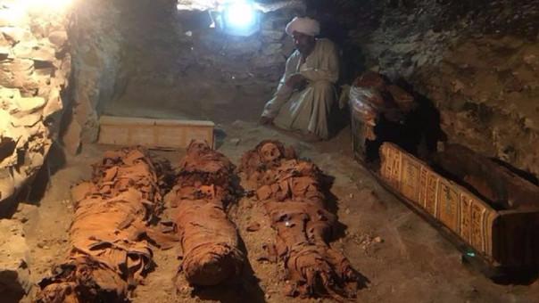 Momias encontradas por la misión.