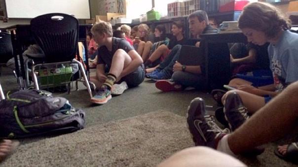 Un muerto y tres heridos en tiroteo en escuela en Washington