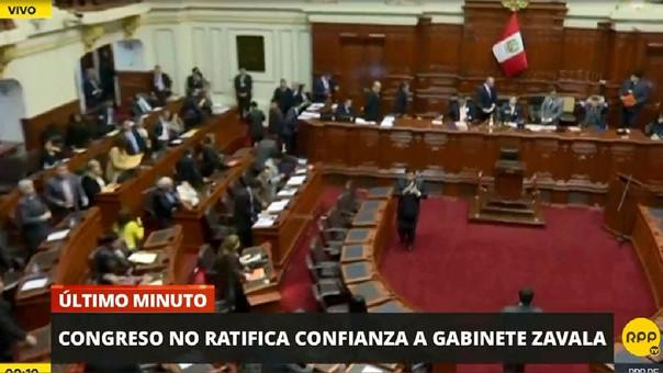 Con 77 votos en contra, el Congreso de mayoría fujimorista le quitó la confianza al Gabinete Zavala.