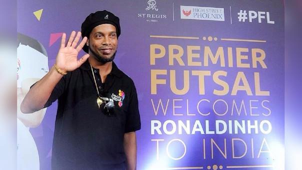 Ronaldinho generó mucha expectativa a su llegada.
