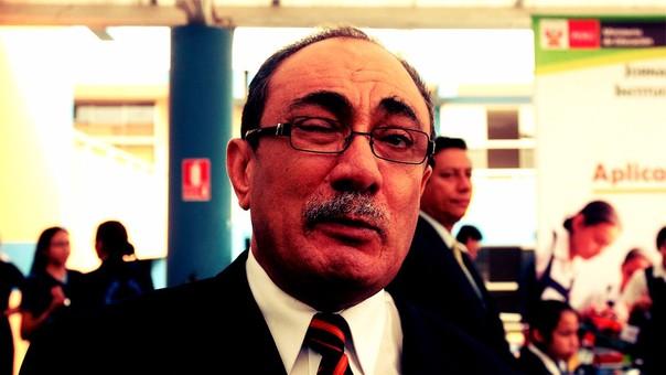 Ministro Idel Vexler pidió disculpas públicas por comentario sobre Marilú Martens