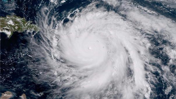 El ojo del huracán María visto este martes por el satélite GOES-16 del NOAA.