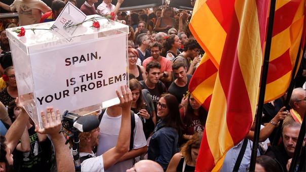 Miles protestaron en Barcelona este miércoles contra la detención de los funcionarios catalanes.