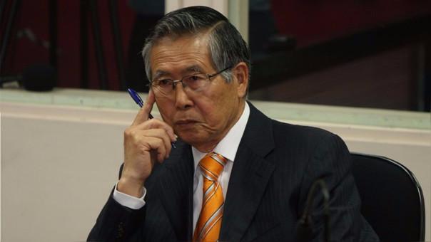 Alberto Fujimori está preso en Perú desde el 2007, año en que fue extraditado desde Chile. Fue condenado a 25 años de prisión en el 2009.