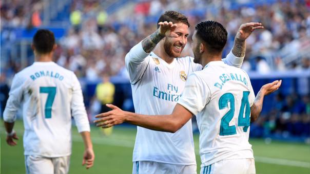 Dani Ceballos fue titular por primera vez con el Real Madrid y marcó los dos goles del equipo.