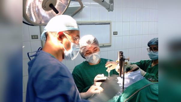 Médicos Almanzor Aguinaga