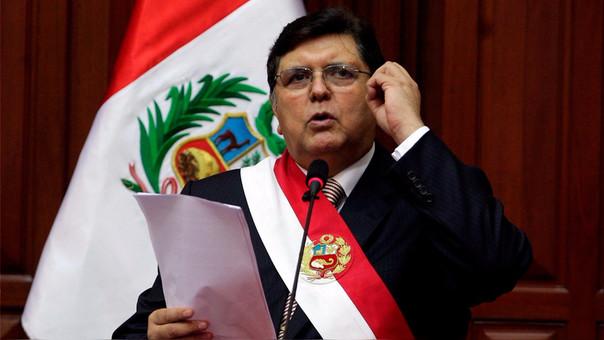 Alan García ha gobernado el Perú en dos periodos: entre 1985 y 1990 y entre 2006 y 2011.