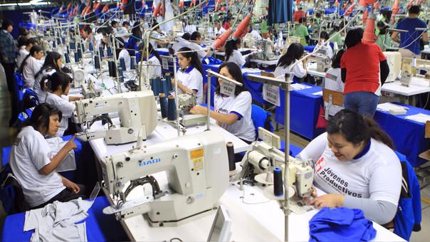 Según Grados se espera que el programa Jóvenes Productivos capacite a 50,000 peruanos al 2021.