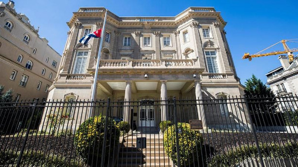EE.UU. expulsa a 15 diplomáticos cubanos de Washington