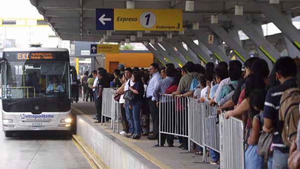 Metropolitano modificará horario de sus servicios por partido de Perú vs Colombia