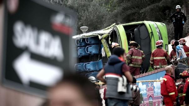 Este año se han registrado accidentes como el de un bus turístico en el cerro San Cristóbal, en el que murieron 10 personas.