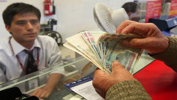 La SBS propuso que sea obligatorio que todos los sueldos por planilla y los servicios profesionales se paguen a través del sistema financiero.