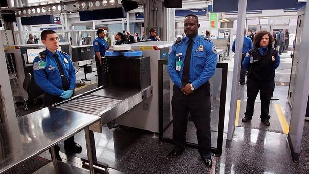 Nuevos controles de seguridad para todos los pasajeros aéreos hacia EE.UU