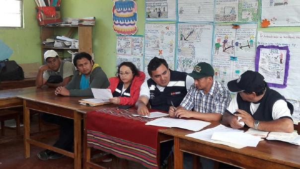 Inspección a centros de salud de la zona andina