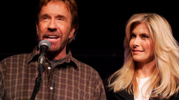 A Los 79 Años Chuck Norris Enfrenta Su Más Dura Batalla Por Amor A Su Esposa Durante Su Enfermedad Rpp Noticias