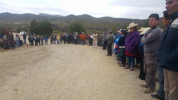 Pobladores esperan dialogar con rerpesentantes de la minera La Zanja