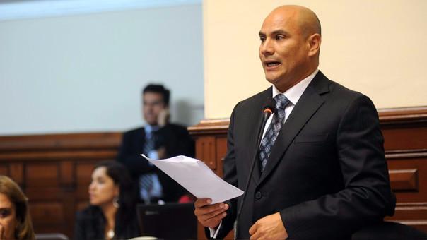Ramírez fue congresista de Fuerza Popular por Cajamarca entre 2011 y 2016.