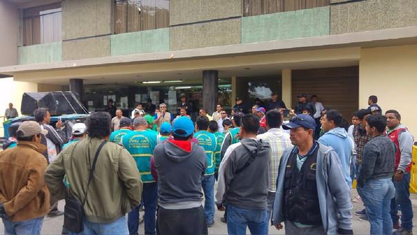 El gremio de mototaxistas lideradas por Julio Farfán, anunció un paro para el 15 de noviembre.
