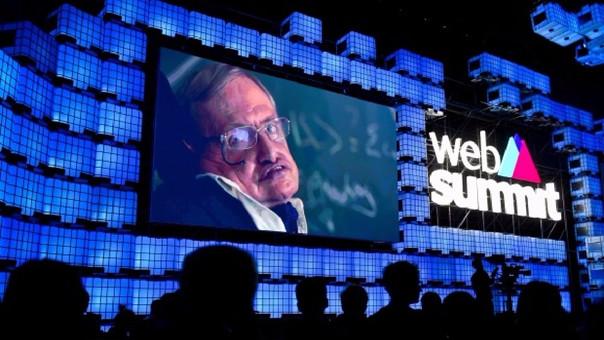 Steven Hawking advierte de que la Tierra se convertirá en una bola de fuego para el 2600
