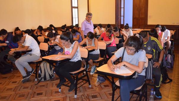 Los catedrático podían enseñar hasta los 70 años según la Ley Universitaria.