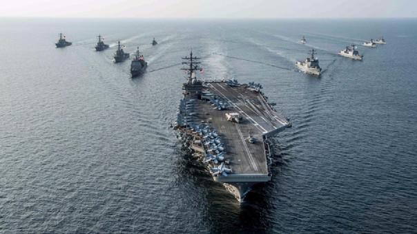 EE UU envió tres portaaviones nucleares cerca de Norcorea