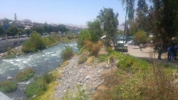 Colocaran hitos en franja marginal del río Chili