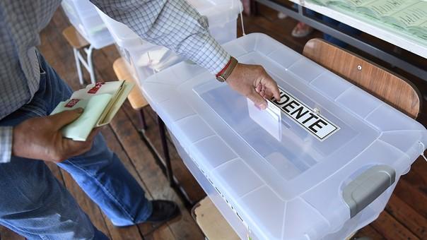 14.3 millones de chilenos están habilitados para votar.