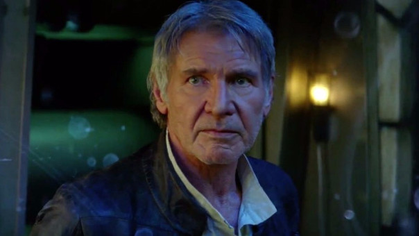 Harrison Ford ayuda a una mujer que sufrió accidente