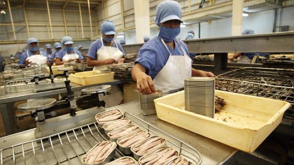 Miranda afirmó que la alerta sanitaria emitida por el Sanipes es un paso muy importante que se da para controlar el ingreso indiscriminado de importaciones de pescado congelado y en conservas a nuestro país.