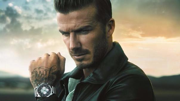 Casas relojeras como Breitling eligen a futbolistas para que sean la imagen de su marca, tal es el caso de David Beckham.