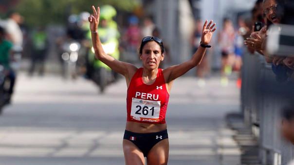 Gladys Tejeda fue felicitada por el presidente Pedro Pablo Kuczynski tras su medalla de oro.
