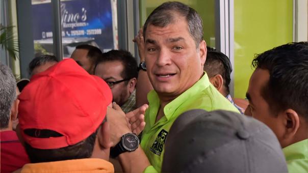 Confrontación en AP por Correa y Moreno