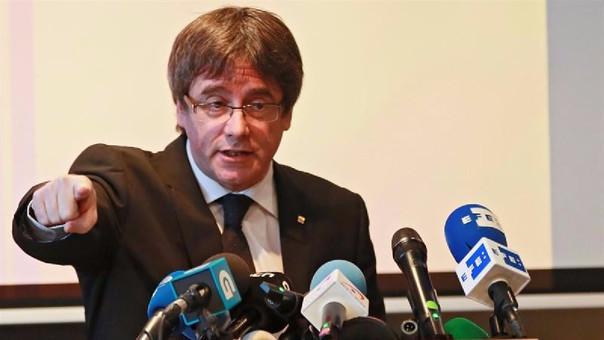 Puigdemont quiere que elecciones sean un plebiscito contra Gobierno español