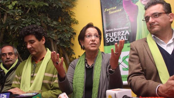 En abril de 2013, el NO a la revocatoria (54%) le ganó al SÍ (46%) y Villarán pudo culminar su periodo en la alcaldía.