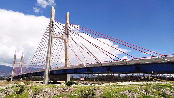 Huancayo: Puente Comuneros