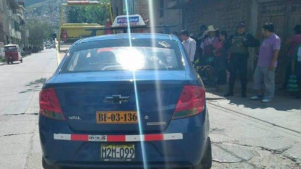 Delincuentes golpearon a taxista y le arrebataron las llaves del vehículo para evitar ser perseguidos
