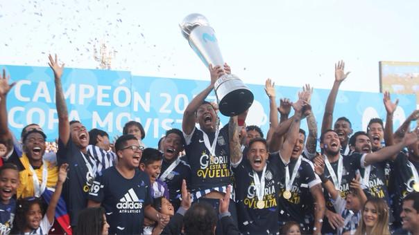 El único jugador que estaba en el plantel que campeonó con Alianza Lima en el 2006 y ahora repite el título es Rinaldo Cruzado.