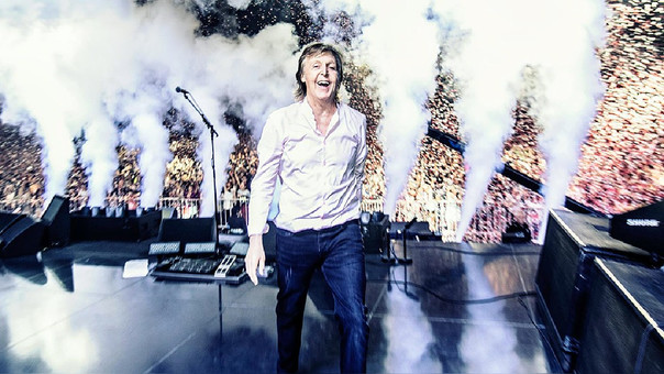 YouTube | Paul McCartney 'apadrinó' pedida de mano en su concierto