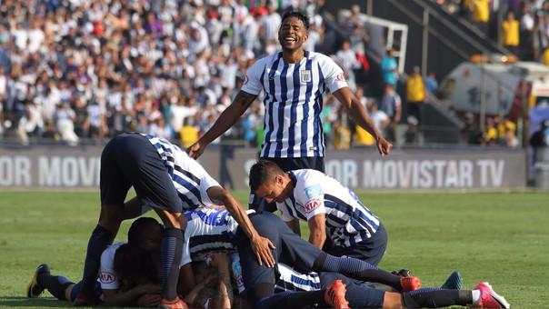Alianza Lima definió el Torneo Clausura con un Maute repleto de hinchas.