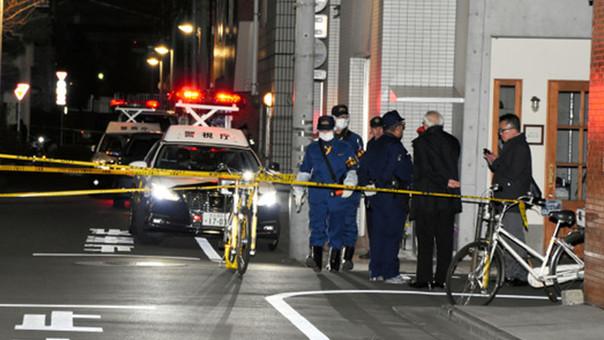 Mueren tres personas en ataque con katanas en Tokio