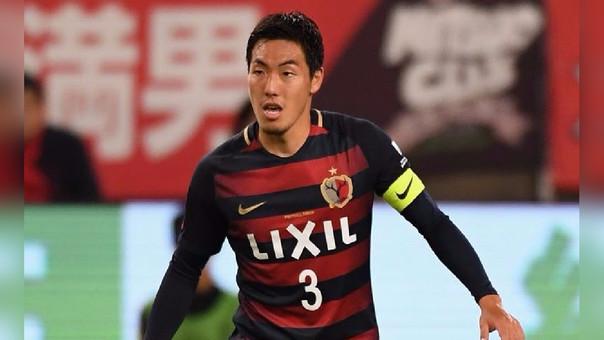 Gen Shoji debutó en el fútbol profesional con el Kashima Antlers (2011).