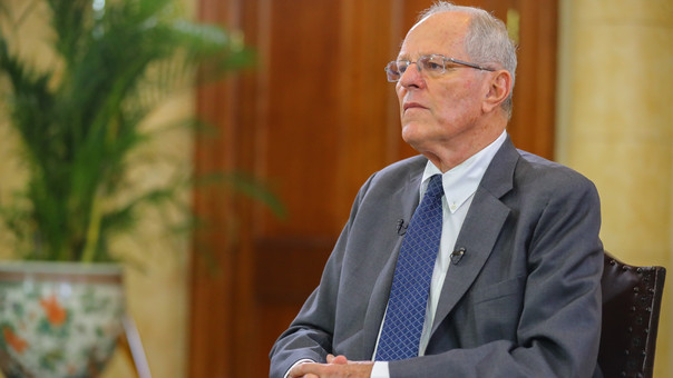 Vicepresidente peruano proclama lealtad a Kuczynski, que podría ser destituido