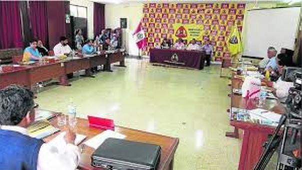 Regidores  de la Municpalidad Provincial del Santa, aprobaron respaldar a PPK