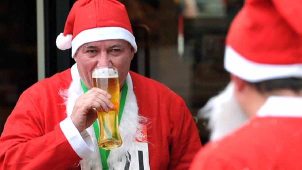 Papa Noel estaría sufriendo graves enfermedades además de alcoholismo