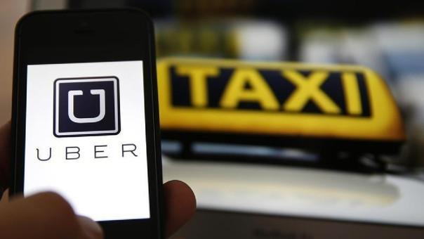 Uber perdió $708 millones en el primer trimestre de este año. Las críticas contra la aplicación no cesan.