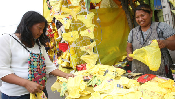 De los 3 millones de prendas de ropa interior, el 80% son de color amarillo.