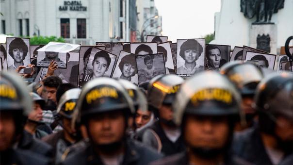 La marcha inició en la plaza 2 de mayo, pasó por la plaza San Martín y la avenida Grau y terminó frente al Palacio de Justicia.