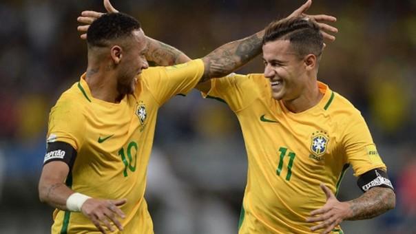 Neymar y Philippe Coutinho se conocen desde que tenían 12 años. Jugaron juntos en las divisiones menores de la Selección Brasileña.